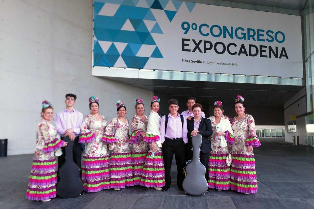 01-Coro-Rociero-Amanecer-en-Fibes,-Palacio-de-Congresos-y-Exposiciones-Sevilla