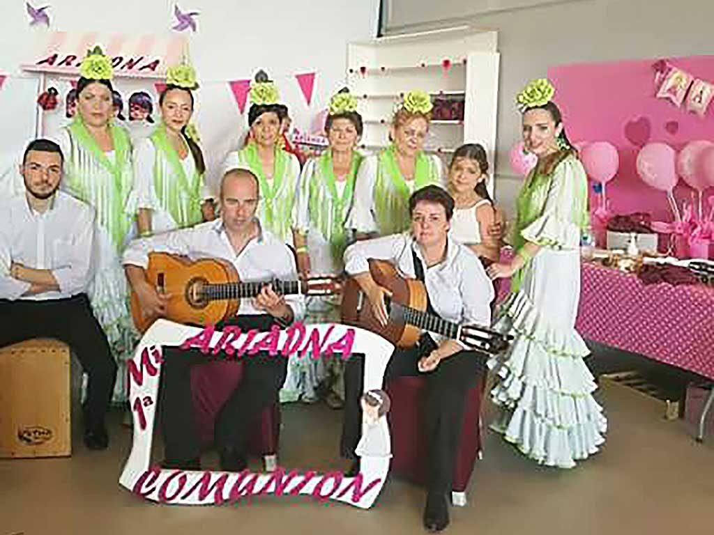Coro Rociero para Comuniones y Bautizos - Coro Rociero Amanecer